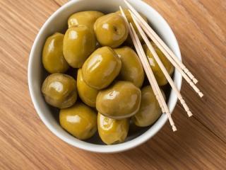 Купить Зеленые оливки в вакууме