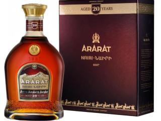 Купить Бренди ARARAT Наири 20 лет выдержки 0.5 л 40% в подарочной упаковке