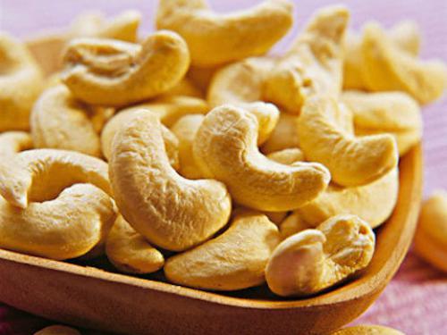 Купить Орехи Кешью сырой