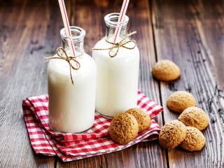Купить Йогурт органический питьевой без сахара