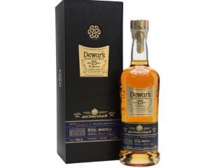 Купить Виски Dewar's Signature 25 лет выдержки 0.7 л 40% в подарочной упаковке
