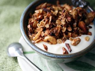 Купить Гранола с медом, орехом, какао и сухофруктами