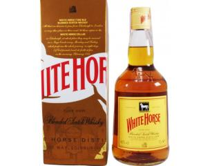 Купить Виски White Horse выдержка 4 года 1 л 40% в подарочной упаковке
