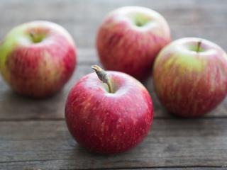 Купить Яблоки сорт Монтуан