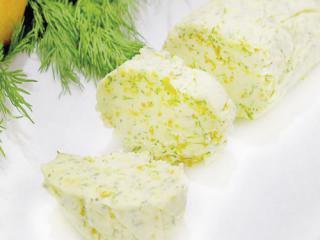 Купить Масло сливочное с лимонной цедрой, чесноком и пряными травами