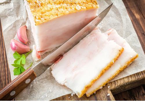 Купить Сало свиное домашнее в вакуумной упаковке