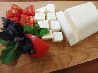 Купить Сыр Фета (из коровьего молока)